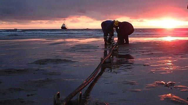 Cáp biển AAG hoàn tất sớm hơn dự kiến, Internet đi quốc tế khôi phục - 1