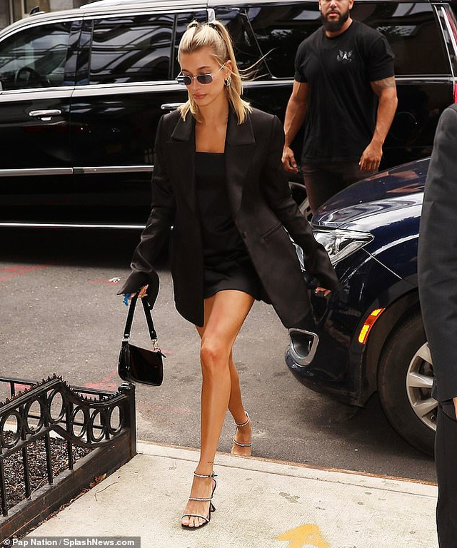 Hailey Baldwin nổi bật tại tuần lễ thời trang New York - 7