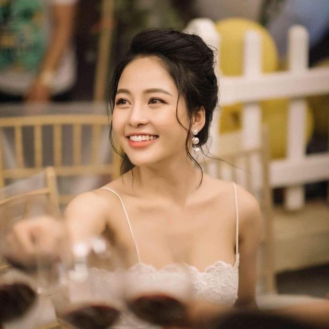 """""""Hot girl World Cup"""" Trâm Anh đăng ký hiến tạng - 3"""