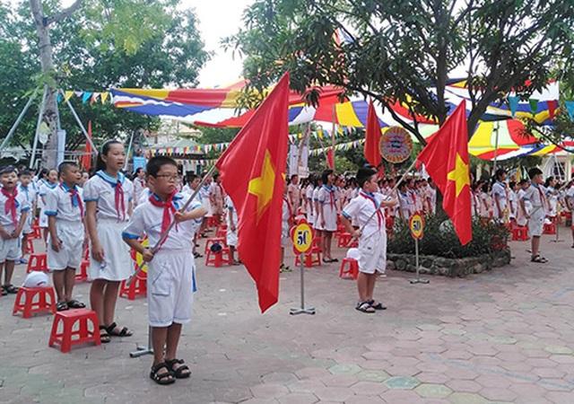 Hà Tĩnh: Nhiều trường học vùng lũ vẫn chưa thể khai giảng - 4