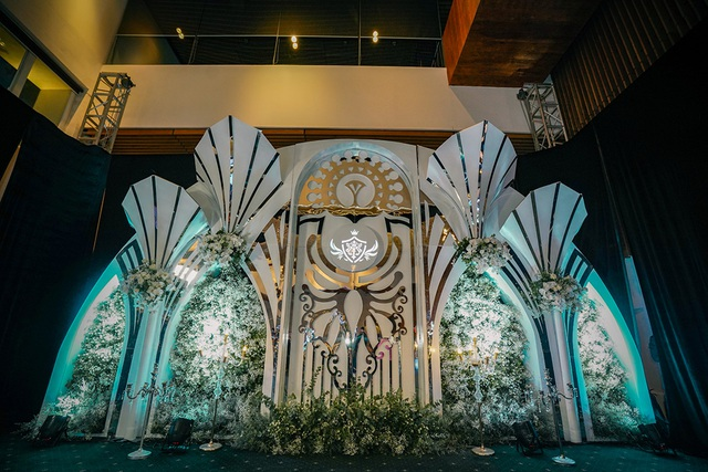Trấn Thành, Ưng Hoàng Phúc, Tuấn Hưng... hội tụ trong đám cưới con gái Minh Nhựa - 1