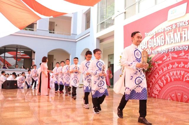 Ngày khai giảng độc đáo tại Trường Tiểu học và THCS FPT Cầu Giấy - 2