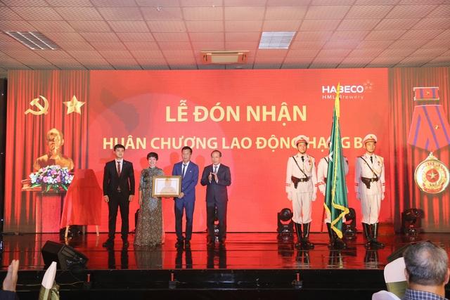 Nhà máy Bia Hà Nội – Mê Linh: Kỷ niệm 10 năm khánh thành và đón nhận Huân chương Lao động hạng Ba - 1