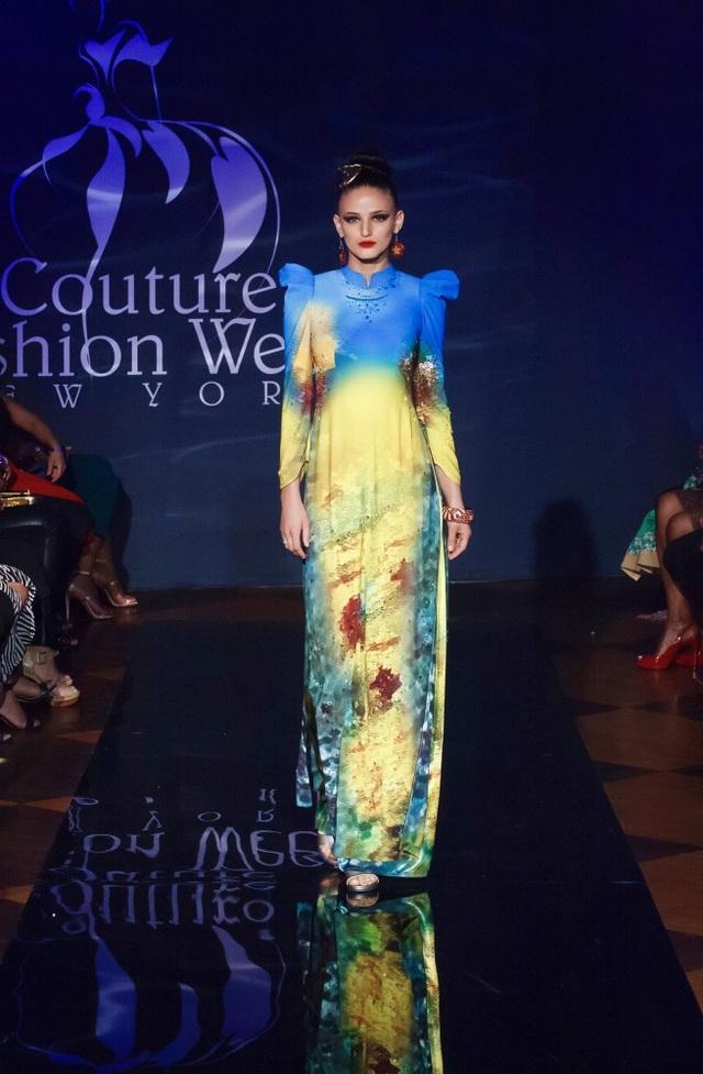 30 chiếc nón dát vàng cùng di sản Việt mở màn New York Couture Fashion Week - 12