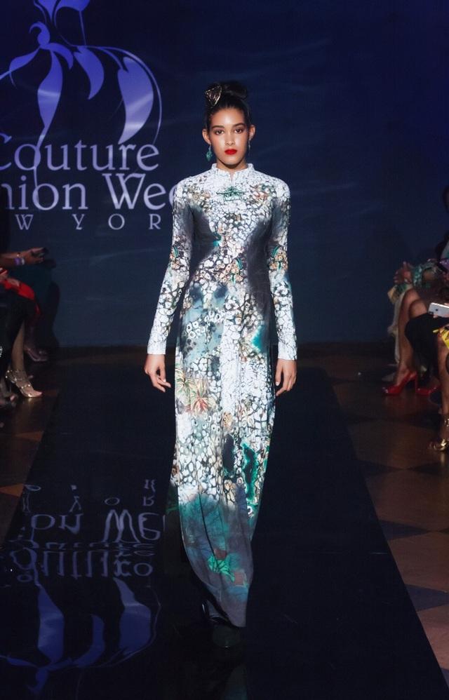 30 chiếc nón dát vàng cùng di sản Việt mở màn New York Couture Fashion Week - 11