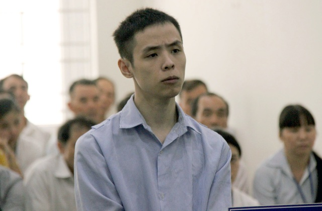 Hà Nội: Án tù cho thanh niên đâm gục người yêu cũ trên phố Bùi Thị Xuân - 1