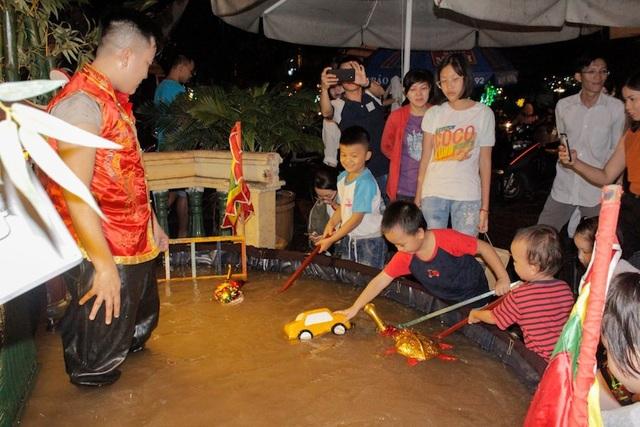 Cô gái 8x giữ hồn rối nước giữa Sài Gòn - 3