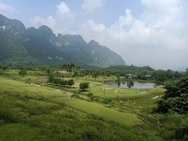 Dự án sân golf 36 lỗ bỏ hoang 10 năm ở Hòa Bình - 1