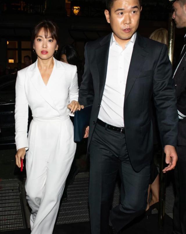 Vẻ đẹp không tì vết của Song Hye Kyo hậu ly hôn - 3