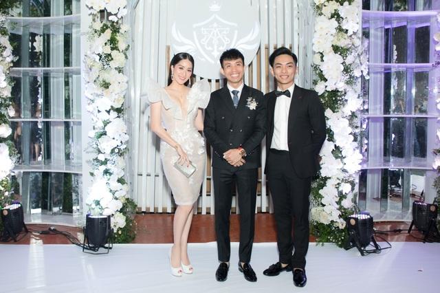 Vợ chồng Khánh Thi tình tứ dự đám cưới con gái đại gia Minh Nhựa - 6