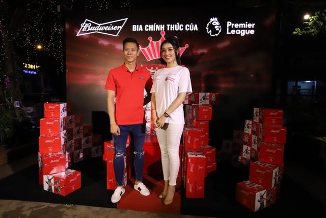 """""""Vua bia"""" thượng hạng Budweiser trao tấm vé đầu tiên đưa fan Việt đến Anh gặp vua ngoại hạng - 1"""