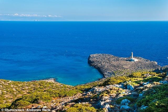Hòn đảo Hy Lạp tuyệt đẹp cho tiền và đất để người dân chuyển đến ở - 1