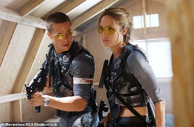 """Brad Pitt thừa nhận trải qua """"đau đớn, nuối tiếc, mất mát"""" sau khi chia tay Angelina Jolie - 3"""