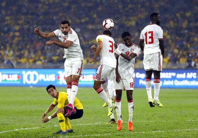 Malaysia 1-2 UAE: Cú đúp của Mabkhout - 13