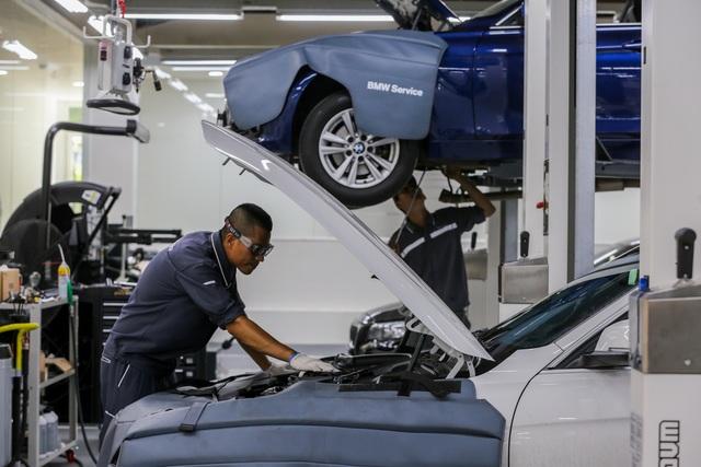 Chuyên gia hơn 20 năm kinh nghiệm với BMW sẽ giúp khách hàng chăm sóc xe - 3