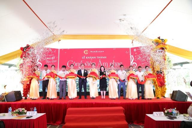 Hàng trăm khách mời và cư dân đến tham dự Lễ Khánh thành Công viên Âm nhạc - 1
