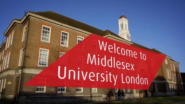 Đại học Middlesex Anh Quốc tặng quà cho sinh viên Việt Nam nhân dịp năm học mới - 4