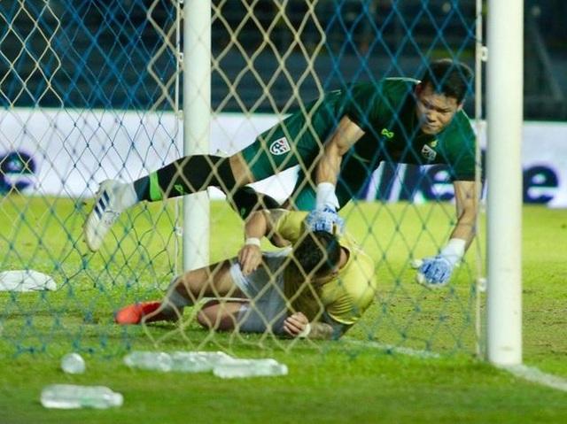 Đội tuyển Thái Lan chọn thủ thành Kawin bắt chính ở trận gặp Indonesia - 2