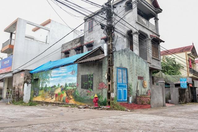 Bích họa lạ lẫm ở làng nông nghiệp ngoại thành Hà Nội  - 11