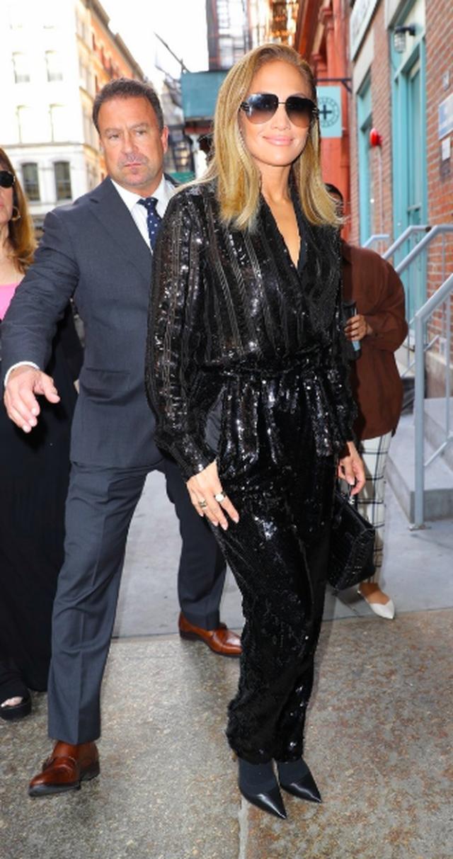 Jennifer Lopez được khen ngợi xuất sắc khi vào vai vũ nữ thoát y - 12
