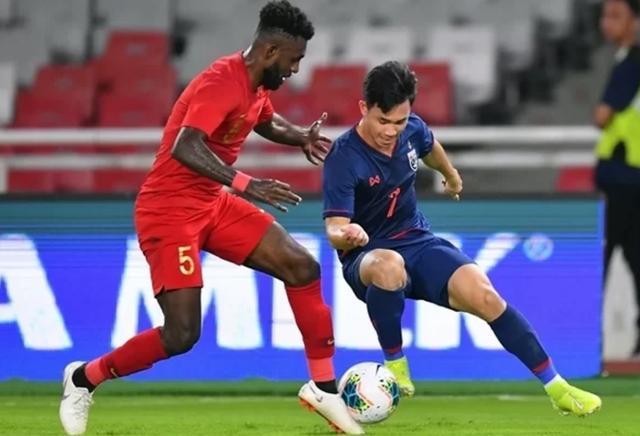 Đội tuyển Indonesia thua đậm Thái Lan vì lối đá quá... ngây thơ - 1