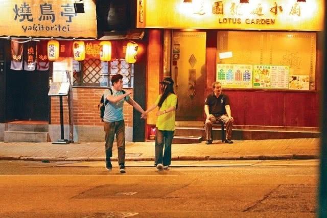 Hôn nhân viên mãn của Quách Phú Thành bên vợ trẻ kém 22 tuổi - 1