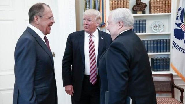 Mỹ rút gián điệp cấp cao trong chính phủ Nga vì lo ông Trump làm lộ mật? - 1