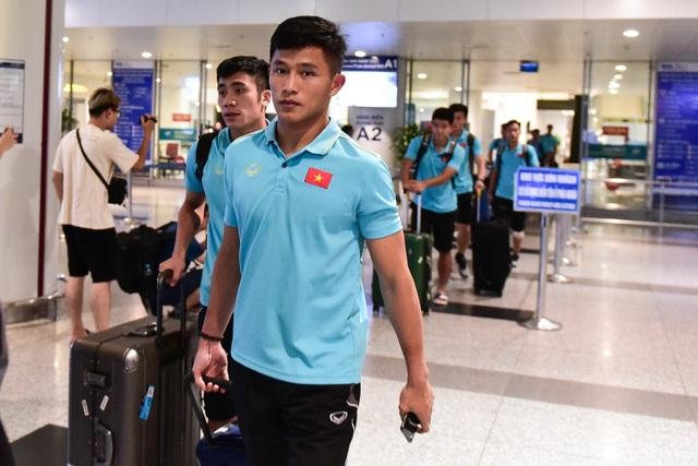 Đội tuyển U22 Việt Nam về nước sau trận thắng ấn tượng U22 Trung Quốc - 5