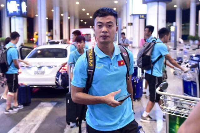 Đội tuyển U22 Việt Nam về nước sau trận thắng ấn tượng U22 Trung Quốc - 7
