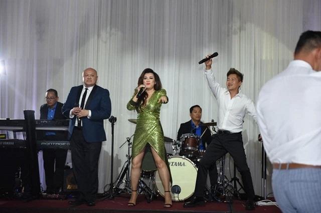 Chồng cũ của ca sĩ Nguyễn Hồng Nhung tổ chức đám cưới lần hai - 7