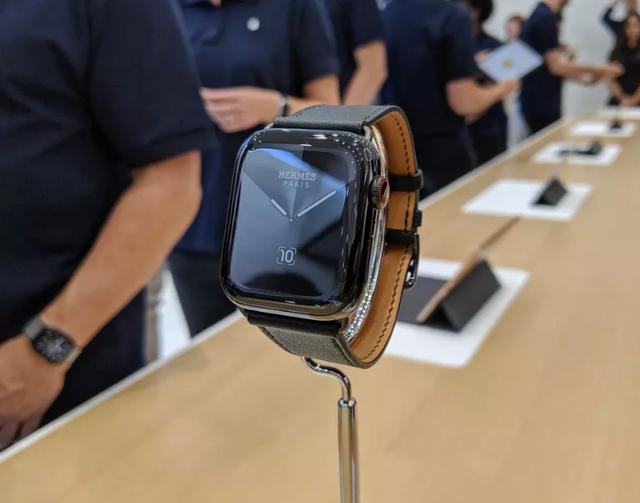 Apple Watch Series 5 chính thức ra mắt, khai tử Series 4 - 3