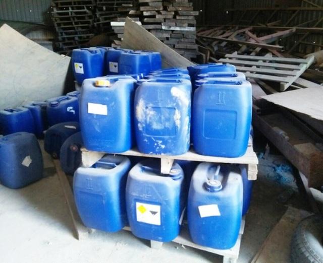 Phát hiện 2 kho hóa chất dùng chế ma túy do người Trung Quốc cầm đầu tại Bình Định - 1