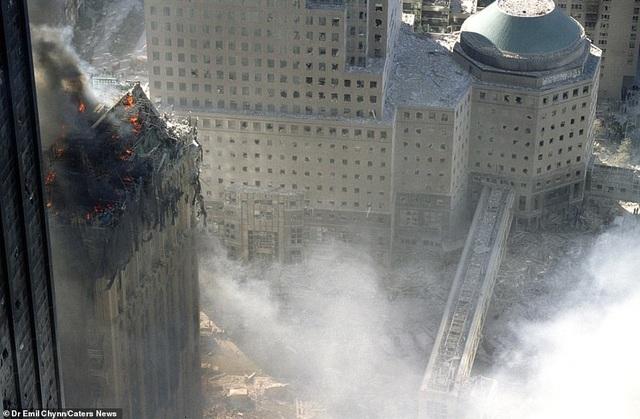 Hình ảnh lần đầu công bố về hiện trường thảm khốc vụ khủng bố 11/9 - 11