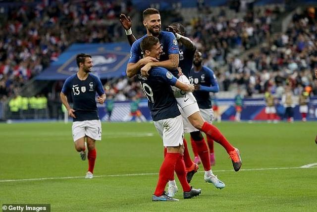 Griezmann lại đá hỏng phạt đền, Pháp vẫn thắng đậm Andora - 3