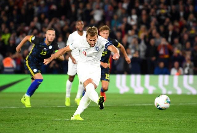 Tuyển Anh thắng Kosovo trong cơn mưa bàn thắng ở Wembley - 2