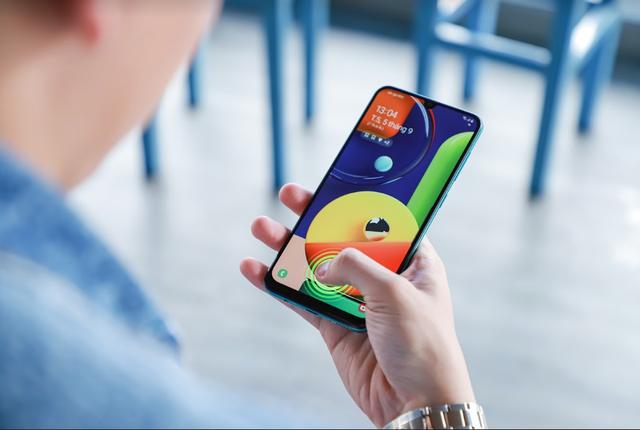 Thiết kế độc đáo, chụp ảnh đẳng cấp - Galaxy A50s trở thành lựa chọn lý tưởng của giới trẻ - 1