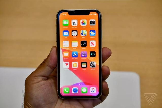 """Cận cảnh iPhone 11 - Chiếc smartphone """"cận cao cấp"""" mới ra mắt  - 2"""