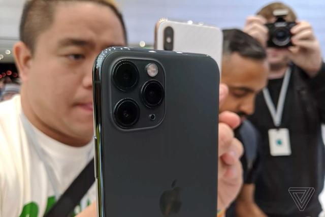 Cận cảnh bộ đôi iPhone 11 Pro và iPhone 11 Pro Max với cụm 3 camera vừa ra mắt - 4