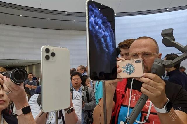 Cận cảnh bộ đôi iPhone 11 Pro và iPhone 11 Pro Max với cụm 3 camera vừa ra mắt - 7