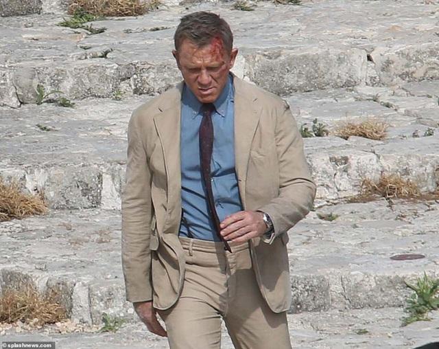 Điệp viên 007 Daniel Craig đọ vẻ điển trai bên người đóng thế - 8