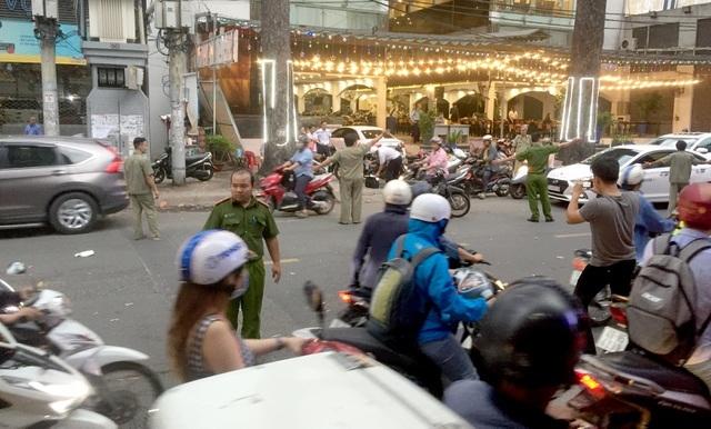 Khởi tố vụ án người đàn ông bị chém gần đứt lìa cánh tay ở Sài Gòn - 3