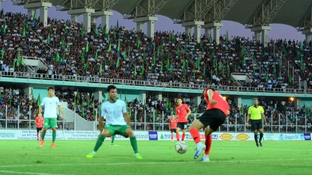 Nhật Bản và Hàn Quốc thắng dễ dàng ở ngày ra quân vòng loại World Cup 2022 - 2