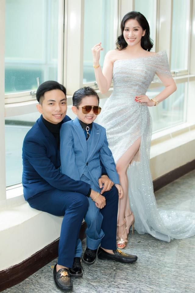 Khánh Thi tiết lộ anh trai nhận kỷ lục Việt Nam về chế tác violin bằng sứ - 4