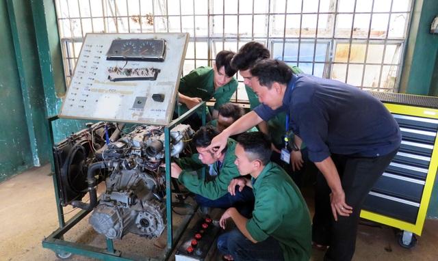Phú Yên: Thí sinh đạt điểm thi THPT cao nhưng chọn ...học nghề - 1