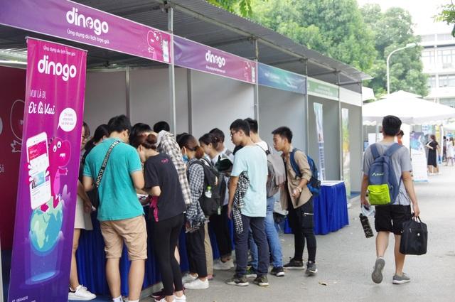 """Ứng dụng """"du lịch không âu lo"""" Dinogo gây chú ý tại Ngày hội Trí tuệ nhân tạo Việt Nam 2019 - 2"""