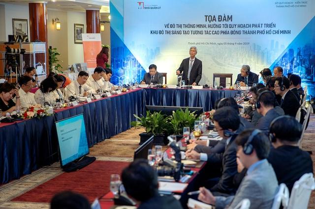 """Phó Chủ tịch UBND TPHCM: """"Muốn đô thị thông minh phải sớm nghiên cứu kết nối"""" - 1"""