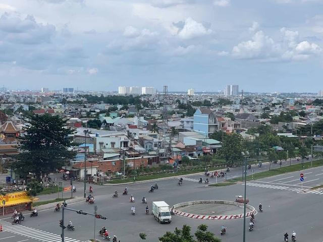 """Phó Chủ tịch UBND TPHCM: """"Muốn đô thị thông minh phải sớm nghiên cứu kết nối"""" - 2"""
