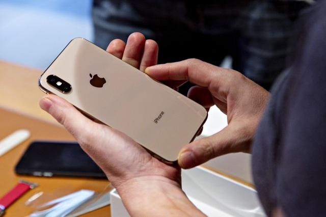 Apple chính thức khai tử iPhone XS/XS Max và iPhone 7/7 Plus - 1