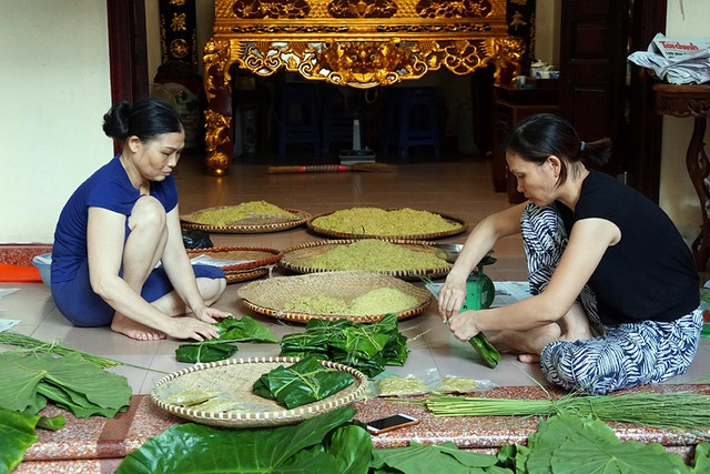 Tận mắt xem quy trình làm cốm ở làng nghề nổi tiếng nhất Hà Nội - 1