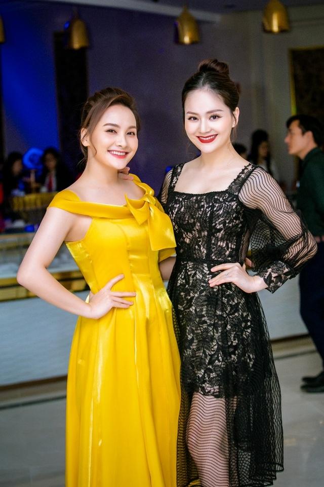 """Lan Phương và Bảo Thanh như """"chị em song sinh thất lạc"""" - 4"""